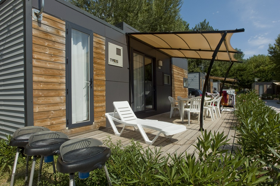 location mobil home au camping les sables d 39 or cap d 39 agde h rault 34. Black Bedroom Furniture Sets. Home Design Ideas